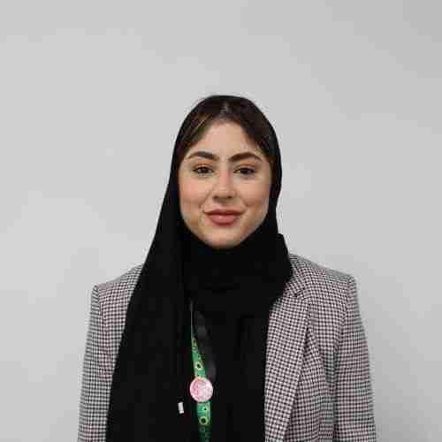 Iqra - Sales Consultant